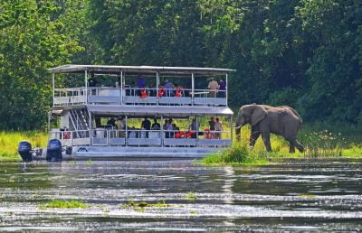 Comfortable, state-of-the-art river boats in Murchison Falls NP