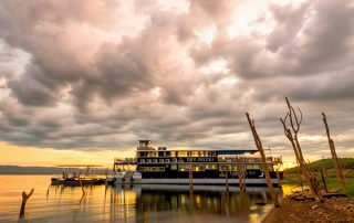 A cruise on Lake Kariba makes a novel addition to a Southern Africa safari
