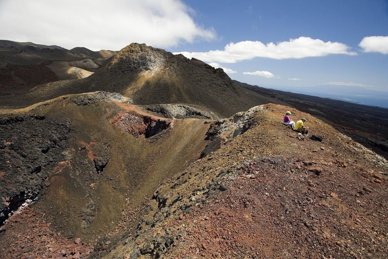 Hikers on the Sierra Negra volcano