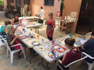 Art classes in Todos Santos benefiting the Palapa Society